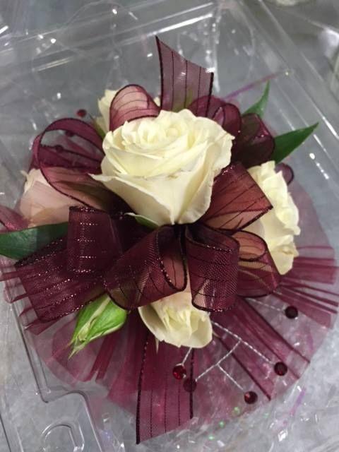 best 25 prom corsage ideas on pinterest prom flowers