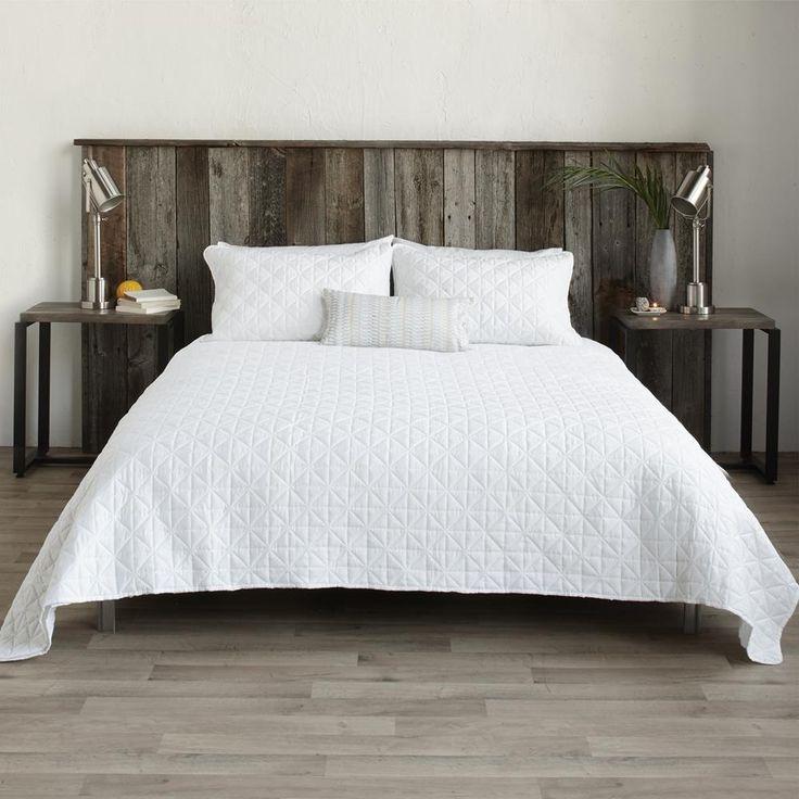 Les 25 meilleures id es de la cat gorie couvre lits sur pinterest dessus de lit couvre lits - Dessus de lit matelasse descamps ...