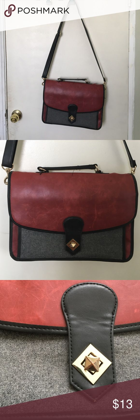 Urban Outfitter Purse Vintage purse from Urban Outfitter. Buy on Ⓜ️ for less :) Urban Outfitters Bags