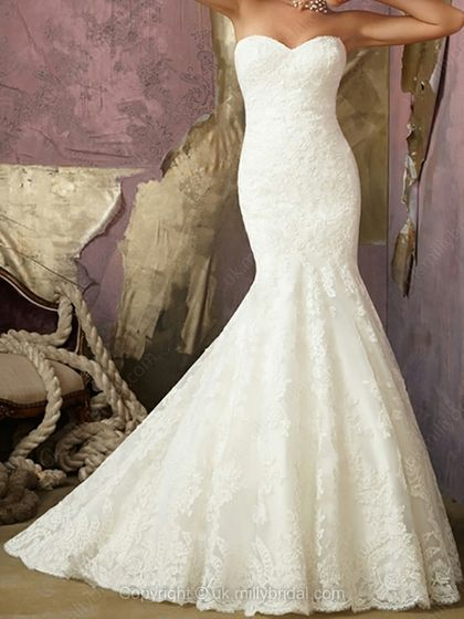Trumpet/Mermaid Sweetheart Lace Sweep Train Buttons Wedding Dresses -USD$336.04