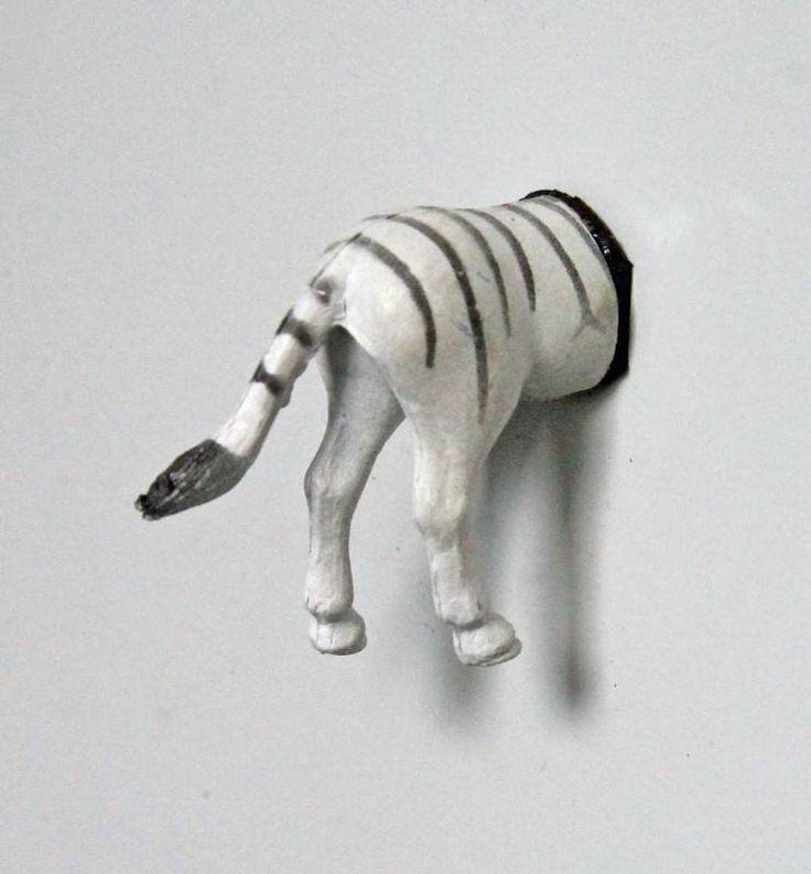 Zebra. Grappig voor op de koelkast of voor op het memobord.- Pimp your fridge or whiteboard. Koelkastmagneten / Fridge magnets / Decoratie / Decoration | From Egypt and Holland with love
