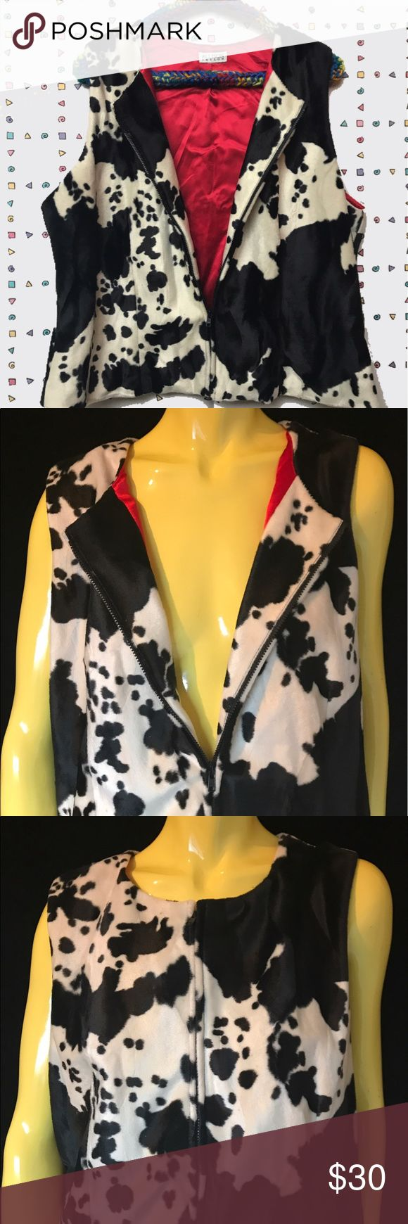 """• 🐄Vtg 90s Faux Cow Print Vest w/ Red Lining ❤️• It's milkin' time ‼️🍼⏰ lined with a buttery red satin lining and a good ol' sturdy zipper for a functional touch ✔️✨. Wear it popped open or zipped all the way to the 🔝. . • Allison Taylor • L - XL • . • Bust: 44"""" • • Length: 22"""" • • Shoulder: 14"""" • • Waist: 41"""" • . . • * • . • ✶ • . • * • .  #vintage #vtg #retro #1990s #1990 #90 #90s #y2k #cow #print #hide #faux #fuzzy #fur #fleece #black #and #white #fashion #wild #western #day drag…"""