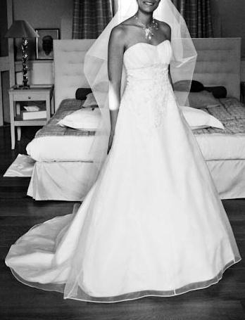 Très belle robe de mariée Pronuptia, Elegante Féerie