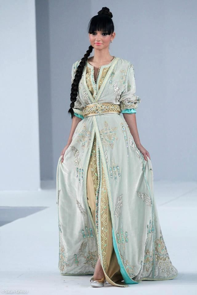 from http://caftans-et-takchita.tumblr.com/page/2