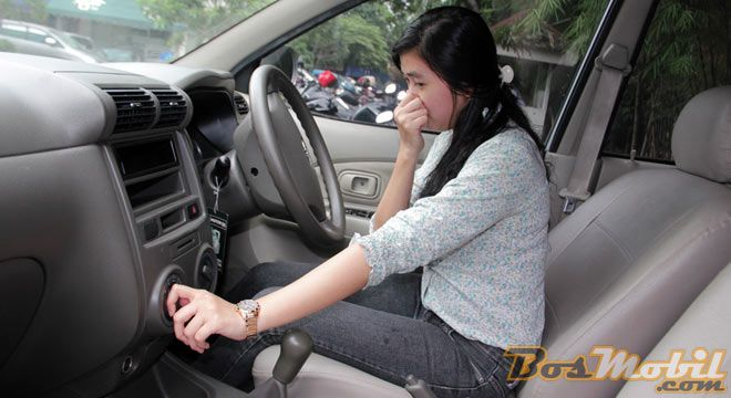 Sebab Dan Solusi AC Mobil Mengeluarkan Bau Tak Sedap #RubrikOtomotif