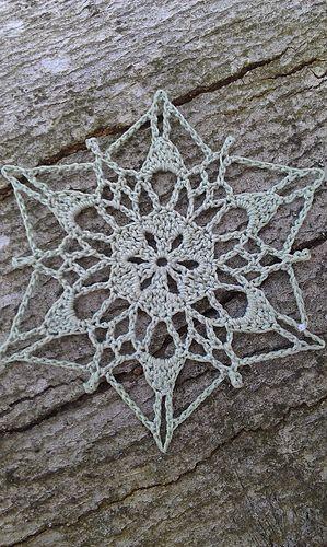 Ravelry: Sunday Snowflake pattern by snowflakepatterns