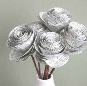 Could use old music manuscript for classical music loverr? Newspaper roses, another version. #recycling #crafts #DIY