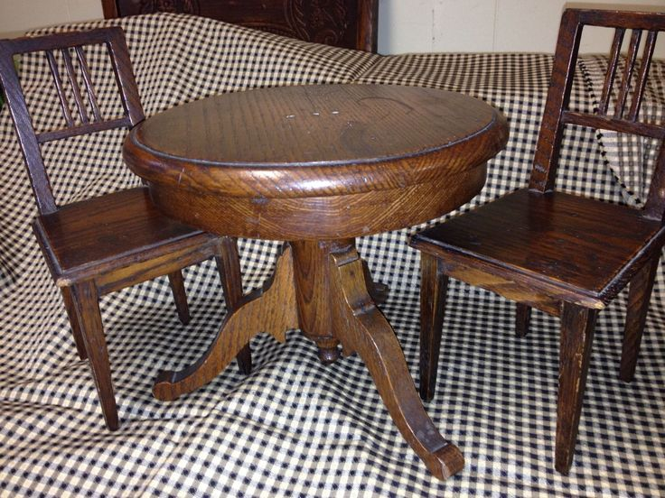 Antique Salesman Sample Mission Style Round Oak Dining Table and 2 Chairs   eBay