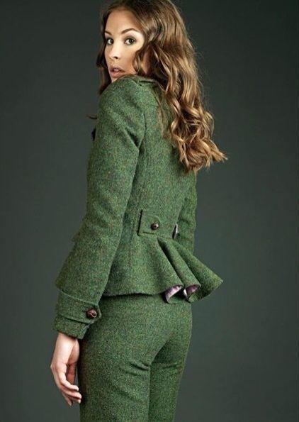 Holy Preppy, mirad su nueva colección de moda para mujer otoño-invierno. Me pirra este traje pantalón!