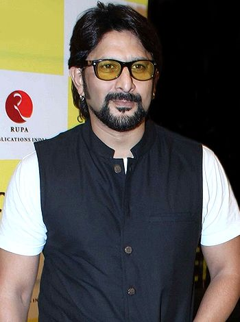 I have a great rapport with Naseer saab, says Arshad Warsi!