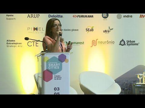 """No painel sobre mobilidade urbana realizado no Connected Smart Cities, em São Paulo, a Doutora Evangelina Vormittag, do Instituto Saúde e Sustentabilidade, falou sobre os efeitos nocivos dos problemas da mobilidade sobre a saúde da população e deu uma entrevista esclarecedora ao Canal Mova-se.    Links relacionados:  <a href=""""http://www.saudeesustentabilidade.org.br"""" target=""""_blank"""">www.saudeesustentabilidade.org.br</a>  <a href=""""http://www.connectedsmartcities.com.br/""""…"""