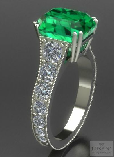 Emerald and diamonds White gold ring, a cutomized creation around a unique gemstone, from Luxedogems.com