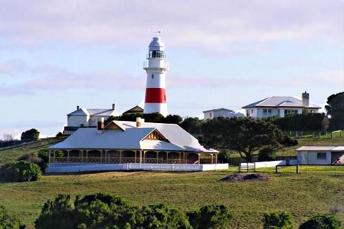 George Town: Home to the Low Head Pilot Station and Maritime Museum and home to Harcourts East Tamar.