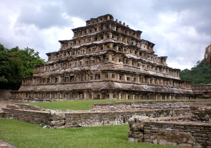 Pyramid Of The Niches     Tajín, Veracruz, México