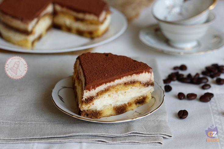La torta tiramisù è una torta che non può non piacere, perfetta per ogni occasione e con un trucco per farla VELOCISSIMA.