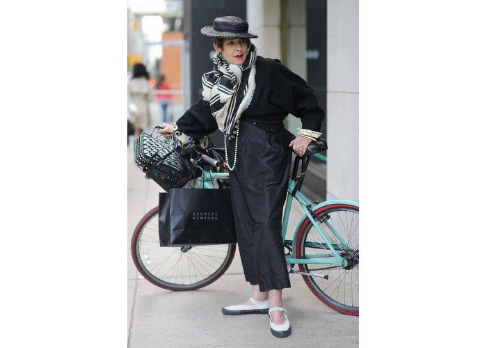 Introducing 65 Year Old Tziporah Salamon, The Most Stylish Cyclist on Earth...