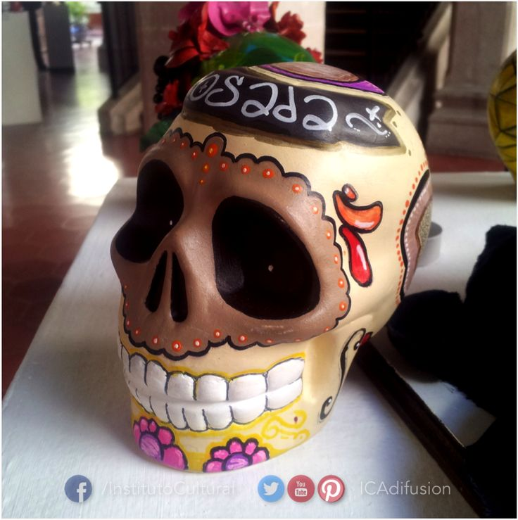 """De la exposición """"Los muertos tienen algo que decir"""" en la Casa de la Cultura """"Víctor Sandoval""""."""