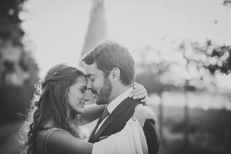 Espacio viña Linderos, Chile. bride and groom, wedding. Hippie Chic wedding, sunset, love