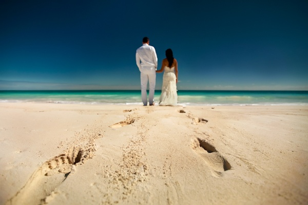 Day after Wedding Photo Session by Zasil Studios on the beach in Mexico | via junebugweddings.com