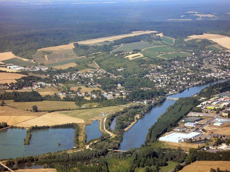 Photo aérienne de : Joigny - Yonne (89)