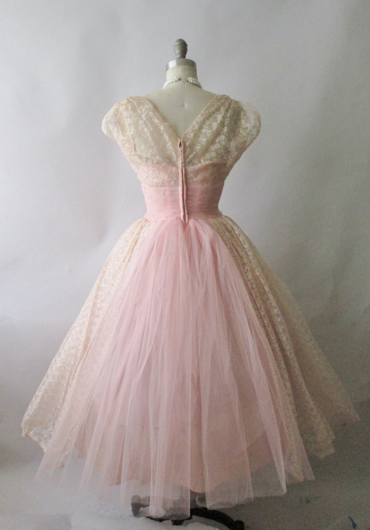 1000  images about Prom Dresses on Pinterest  Tulle dress 50s ...