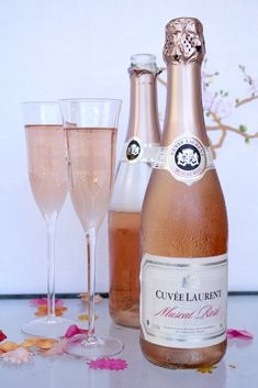 "French Provence wine ""Cuvee Laurent"" muscat rose sprkling wine, ""Vins Breban""."