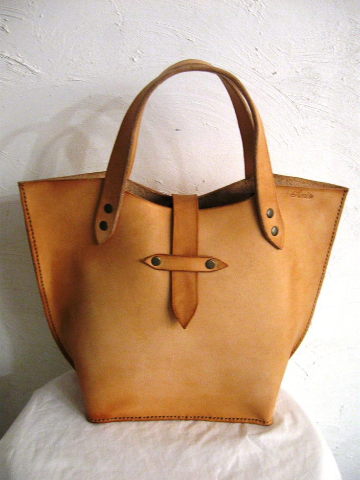 Hand Crafted Small Shoppe rNatural Cow Hide Leather by Amis Bags. Nice.