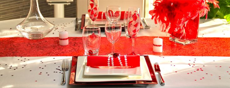 105 best d co de table rouge et blanc images on pinterest for Table noel rouge et blanc