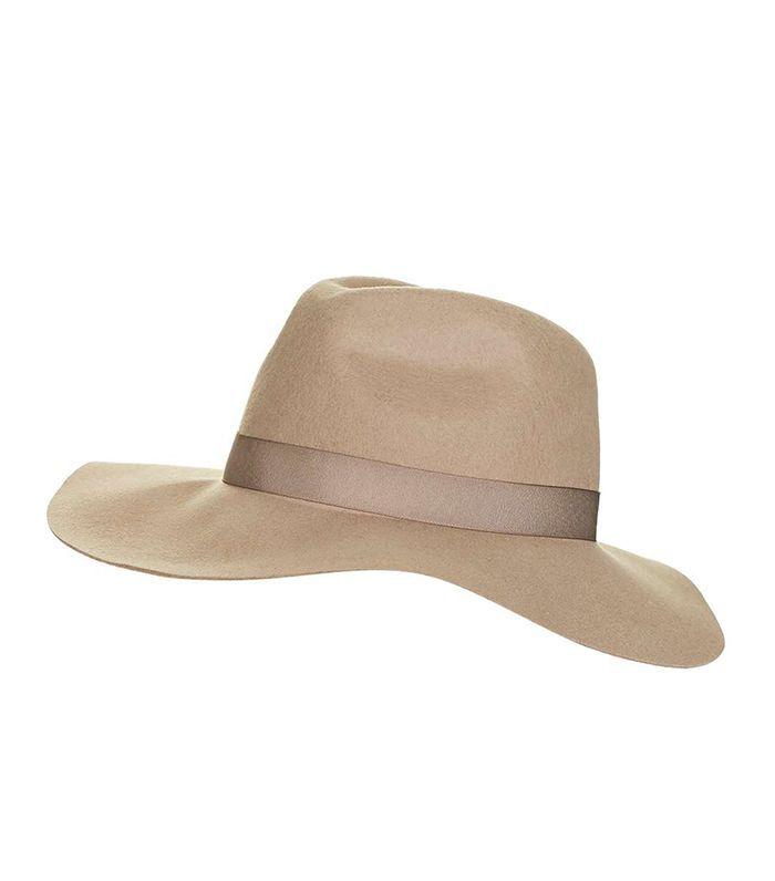 15 Stylish Hats to Wear All Summer Long via @WhoWhatWearUK