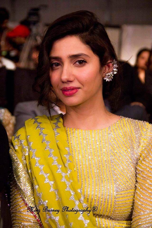Mahira Khan Nude Photos 65
