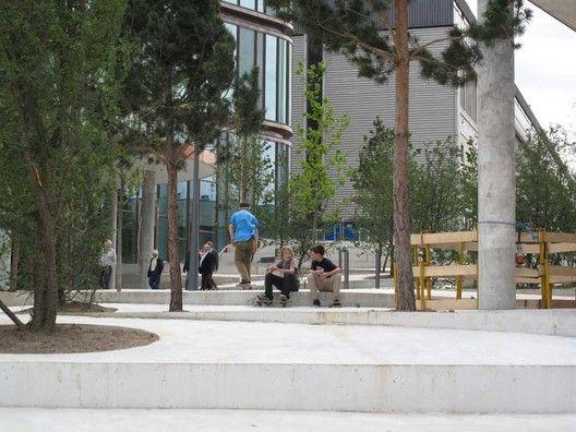 Projeto Urbano: City Dune, a praça privada,