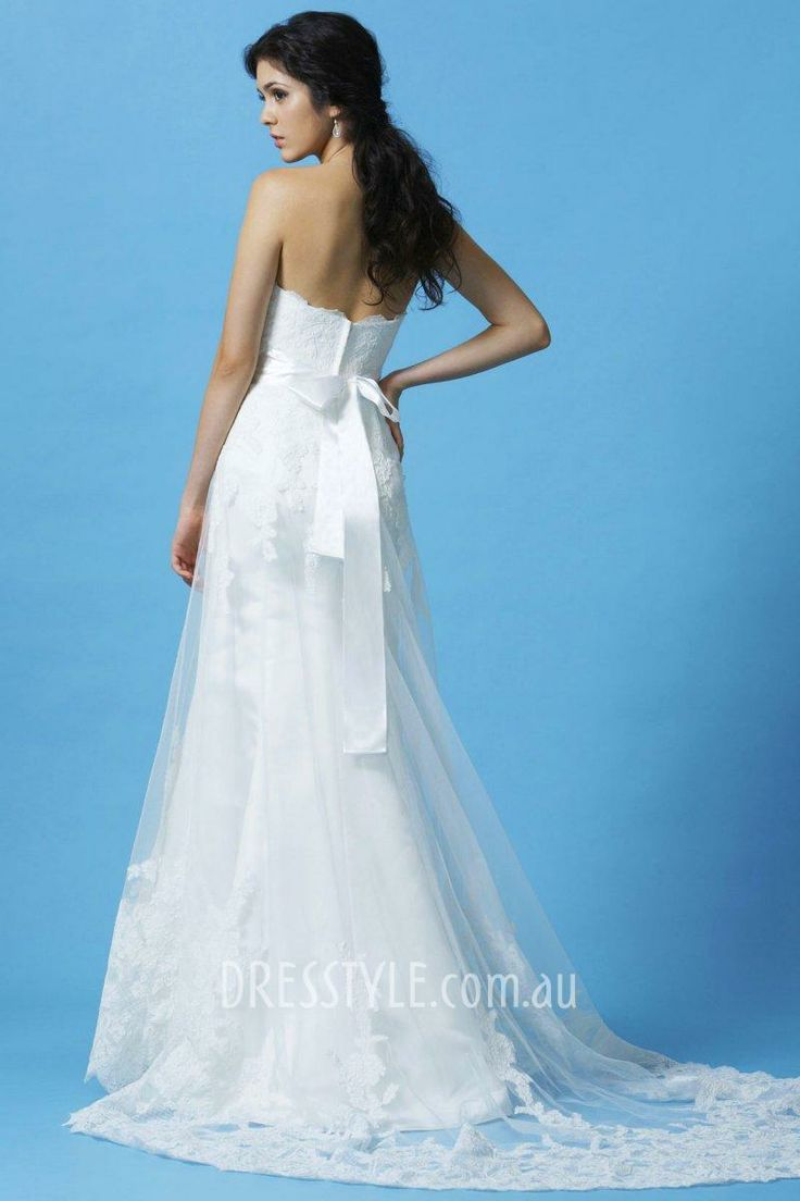 23 best Wedding Dresses images on Pinterest | Wedding frocks, Bridal ...