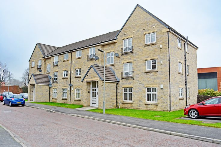 71 Lisburn Drive - 2 Bed Flat - For Sale - £74,950 - With The Bee Hive Estate Agents