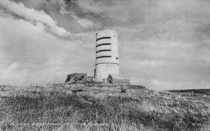 Channel Islands, Guernsey, German Watchtower.jpg 1,120×698 pixels