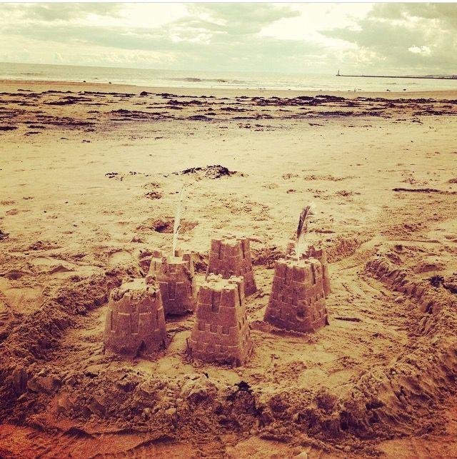 Sand castles by the sea 🐚 / seaburn