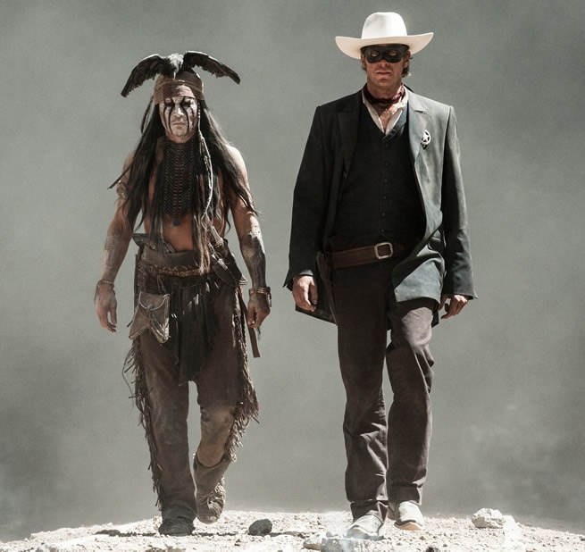 The Lone Ranger: Johnny Depp in an explosive new Japanese Trailer