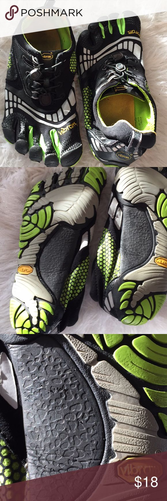 VIBRAM five finger shoes sz 40 these have been gently worn and show some wear - SEE PICS have plenty of life left freshly washed & air dried sz 40 Vibram Shoes Athletic Shoes