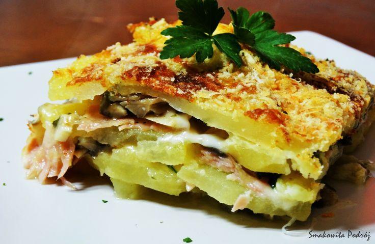 Zapiekanka ziemniaczana Włosi oprócz makaronów również spożywają dość dużo ziemniaków, które my chcemy dziś przyrządzić. Składniki: ziemniaki 800 g szynka gotowana 200 g pieczarki 250 g mozzarella …