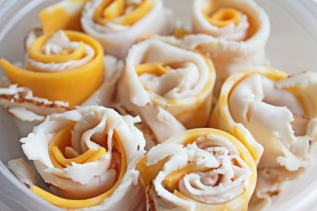 Easy To Make Snacks: Turkey And Cheese