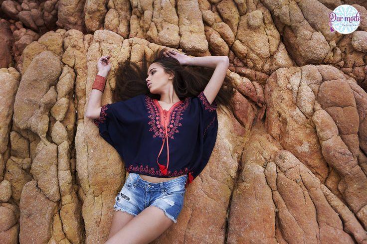 Top Saadia・Salt in the air Sand in my hair lookbook