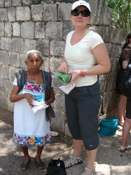 #PotentialistCanada .....looking like a giant beside this sweet Mayan woman in Chichen Itza Mexico.