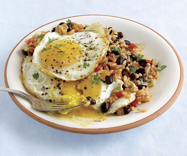 costa rican Rice and Beans with Fried Eggs
