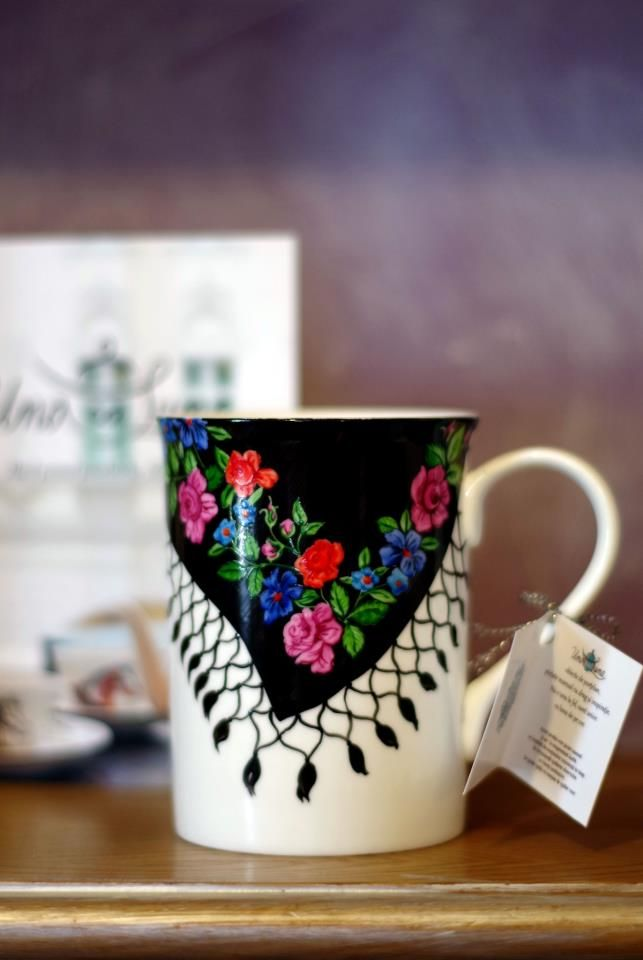 A mug from Romania....so pretty <3
