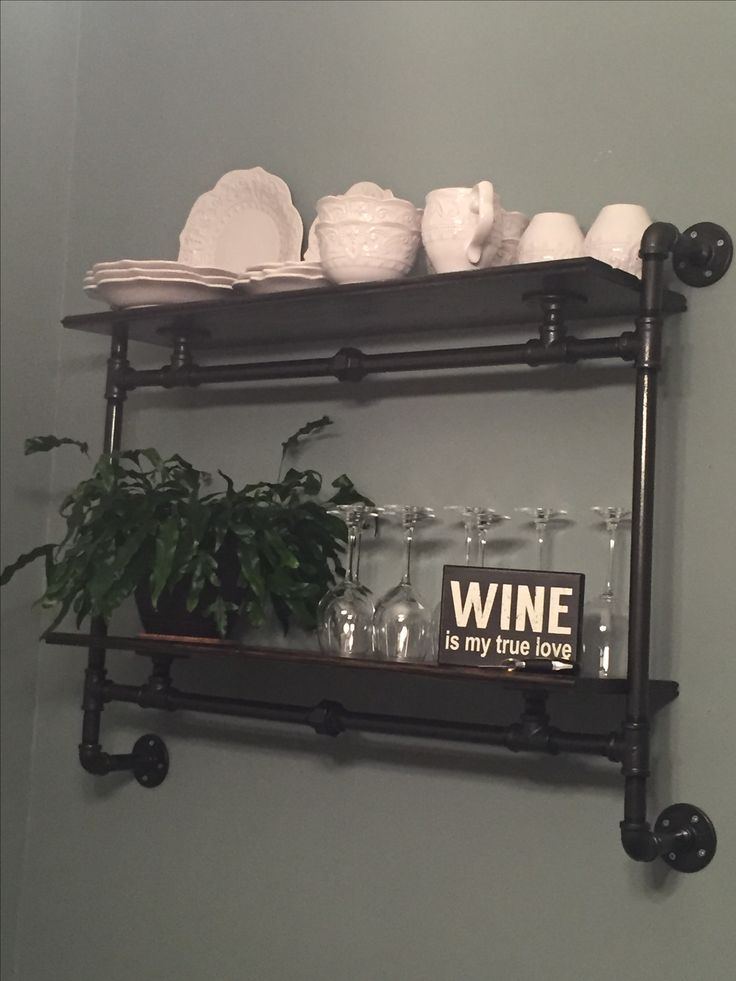 Best 25+ Iron pipe shelves ideas on Pinterest | Pipe ...