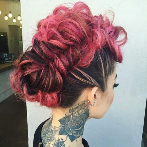 funky wedding hair for the punky alternative beautiful bride.