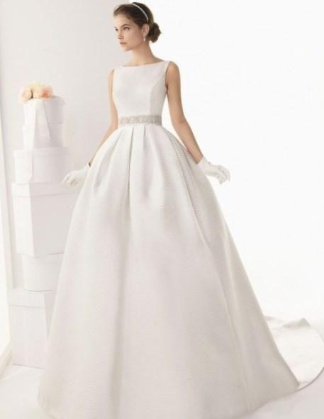 Белое свадебное платье фото - http://1svadebnoeplate.ru/beloe-svadebnoe-plate-foto-3038/ #свадьба #платье #свадебноеплатье #торжество #невеста