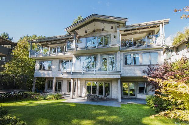 3950 Bayridge Court, West Vancouver