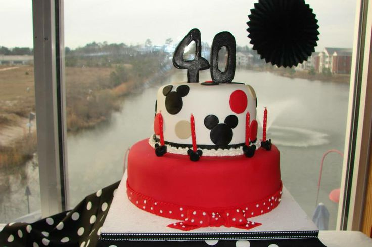 40th birthday Mickey Mouse cake | 40th Birthday Party ...