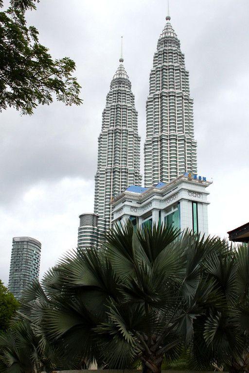 Daily Photo on the Blog: Petronas Towers, Kuala Lumpur, Malaysia: http://www.ytravelblog.com/petronas-towers-kuala-lumpur/ #travel