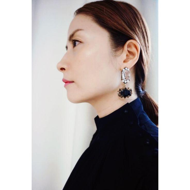 SaraK Accessories bling black earrings